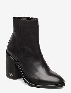 MONO COLOR HEELED BOOT - ankelstøvletter med hæl - black