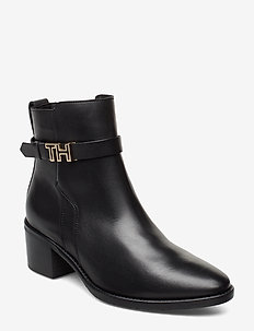 TH HARDWARE LEATHER MID BOOT - BLACK