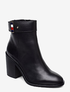 CORPORATE HARDWARE BOOTIE - ankelstøvler med hæl - black