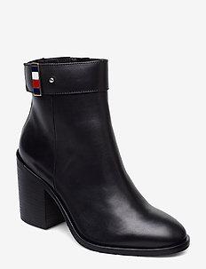 CORPORATE HARDWARE BOOTIE - ankelstøvletter med hæl - black