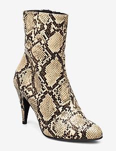 SNAKE PRINT BOOTIE - ankelstøvler med hæl - warm sand