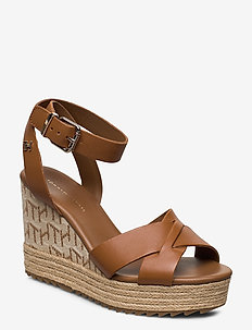 TH RAFFIA HIGH WEDGE SANDAL - SUMMER COGNAC