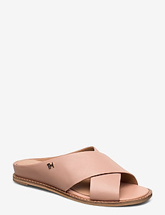 FEMININE LEATHER LOW WEDGE - flade sandaler - sandbank