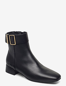 LEATHER SQUARE TOE MID HEEL BOOT - flat ankle boots - black