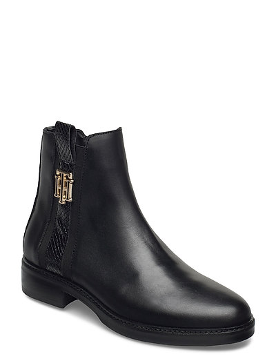 Th Interlock Leather Flat Boot Shoes Boots Ankle Boots Ankle Boot - Flat Schwarz TOMMY HILFIGER | TOMMY HILFIGER SALE