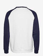 Tommy Sport - FLEECE TAPE CREW - longsleeved tops - pvh white - 1