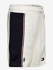 """Tommy Sport - BLOCKED ICONIC SHORT 9"""" - training shorts - ivory - 3"""