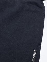 Tommy Sport - BLOCKED SEASONAL SHORT - casual shorts - desert sky - 6