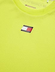 Tommy Sport - TRAINING MESH TOP - t-shirts - lemon lime - 2