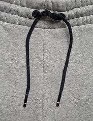 Tommy Sport - FLEECE SHORT - casual shorts - grey heather - 3