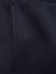 Tommy Sport - GRAPHIC FLEECE PANT CUFFED - sports pants - desert sky - 2
