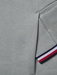 Tommy Sport - LOGO FLEECE CREW - basic-sweatshirts - antique silver - 3