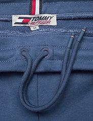 Tommy Sport - TERRY LOGO SHORT - casual shorts - indigo blue - 3
