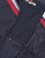 Tommy Sport - CHEVRON PACK PA WINDBREAKER - vestes d'entraînement - desert sky - 4