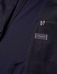 Tommy Hilfiger Tailored - PACKABLE SLIM FLEX STRIPE SUIT - kombinezony jednorzędowe - dessert sky/blue - 9