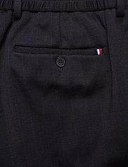 Tommy Hilfiger Tailored - PACKABLE SLIM FLEX STRIPE SUIT - kombinezony jednorzędowe - dessert sky/blue - 8