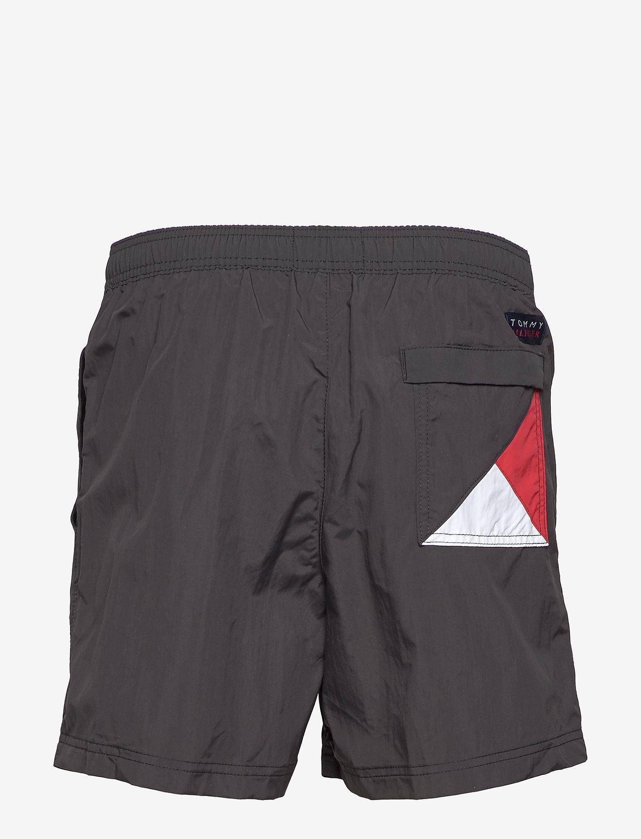 Tommy Hilfiger - SF MEDIUM DRAWSTRING - swim shorts - pvh black - 1
