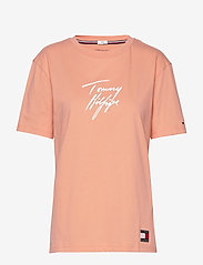 Tommy Hilfiger - CN TEE SS LOGO - overdele - papaya punch - 0