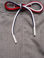 Tommy Hilfiger - MEDIUM DRAWSTRING-HE - swim shorts - grey heather - 4