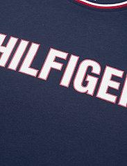 Tommy Hilfiger - CN SS TEE - short-sleeved t-shirts - desert sky - 2