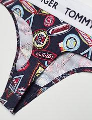 Tommy Hilfiger - THONG PRINT - string - wu_del1_smallheritage badges_n - 3