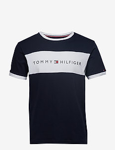 CN SS TEE LOGO FLAG - short-sleeved t-shirts - navy blazer
