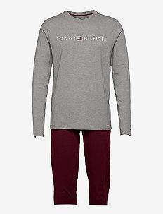 CN LS PANTS JERSEY SET - ensembles de pyjama - medium grey htr/deep rouge