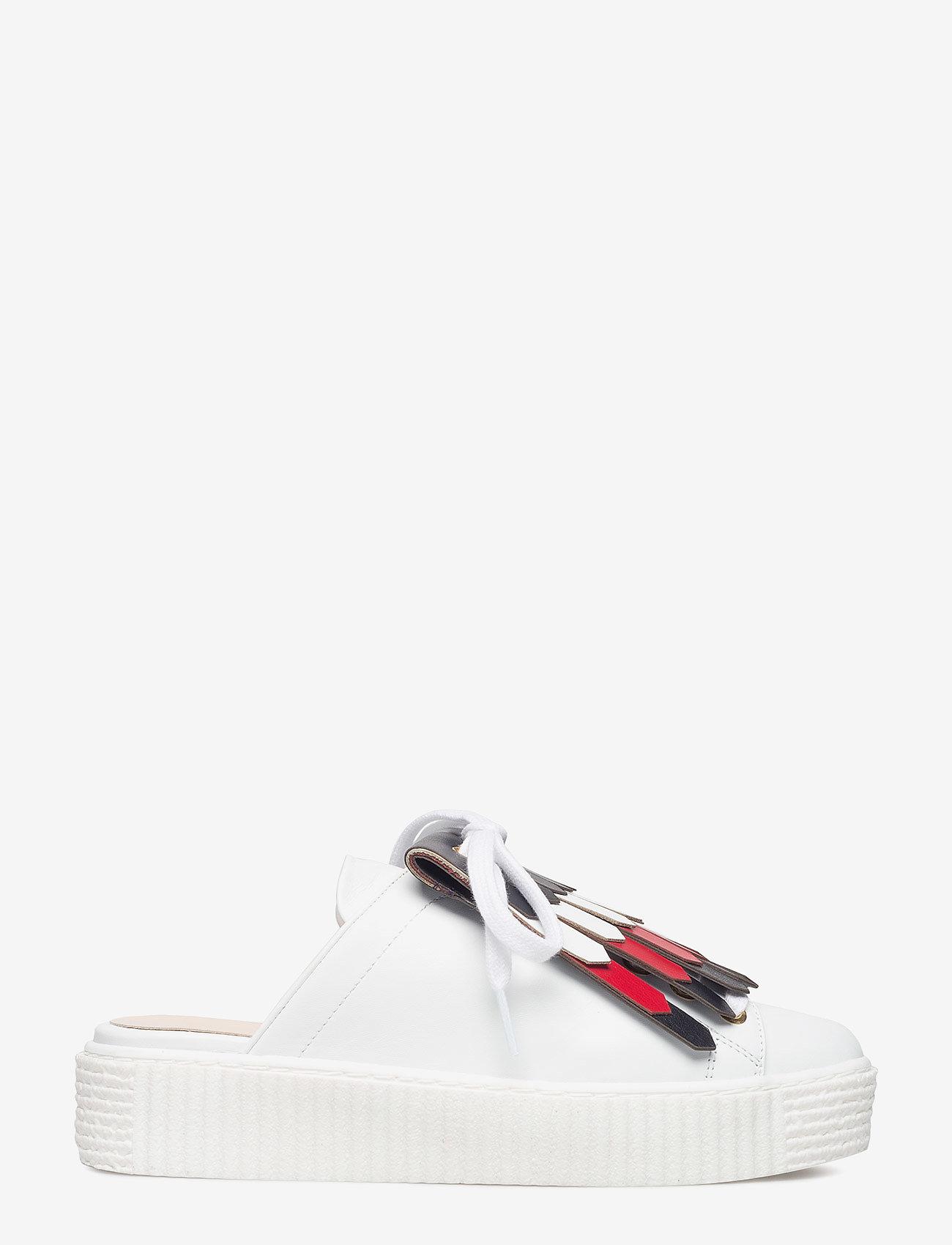 Tommy Hilfiger - CORPORATE SLIP-ON SNEAKER - slip-on sneakers - snow white - 1