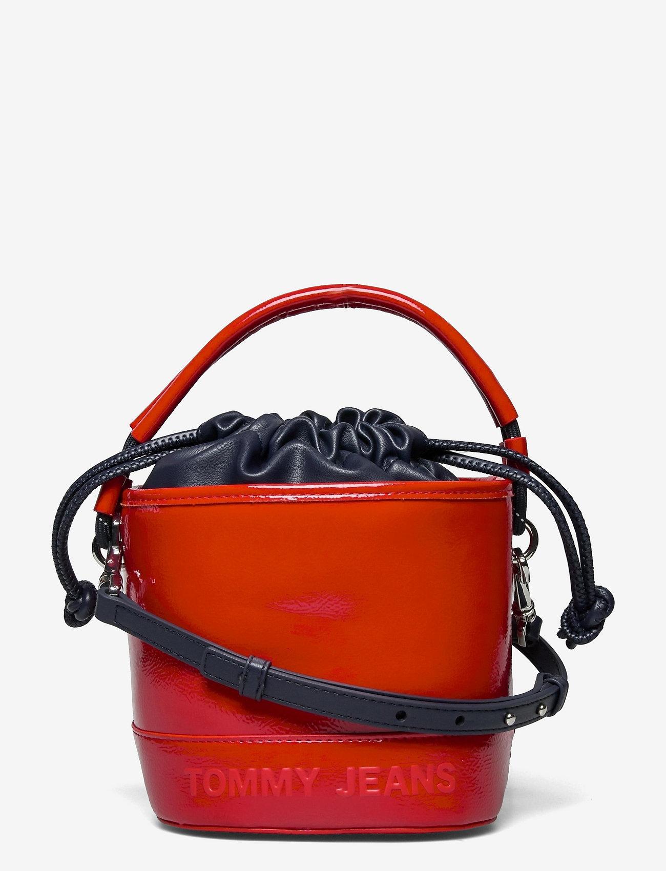 Tommy Hilfiger - TJW FEMME BUCKET BAG CRINKLE - bucket bags - deep crimson - 0