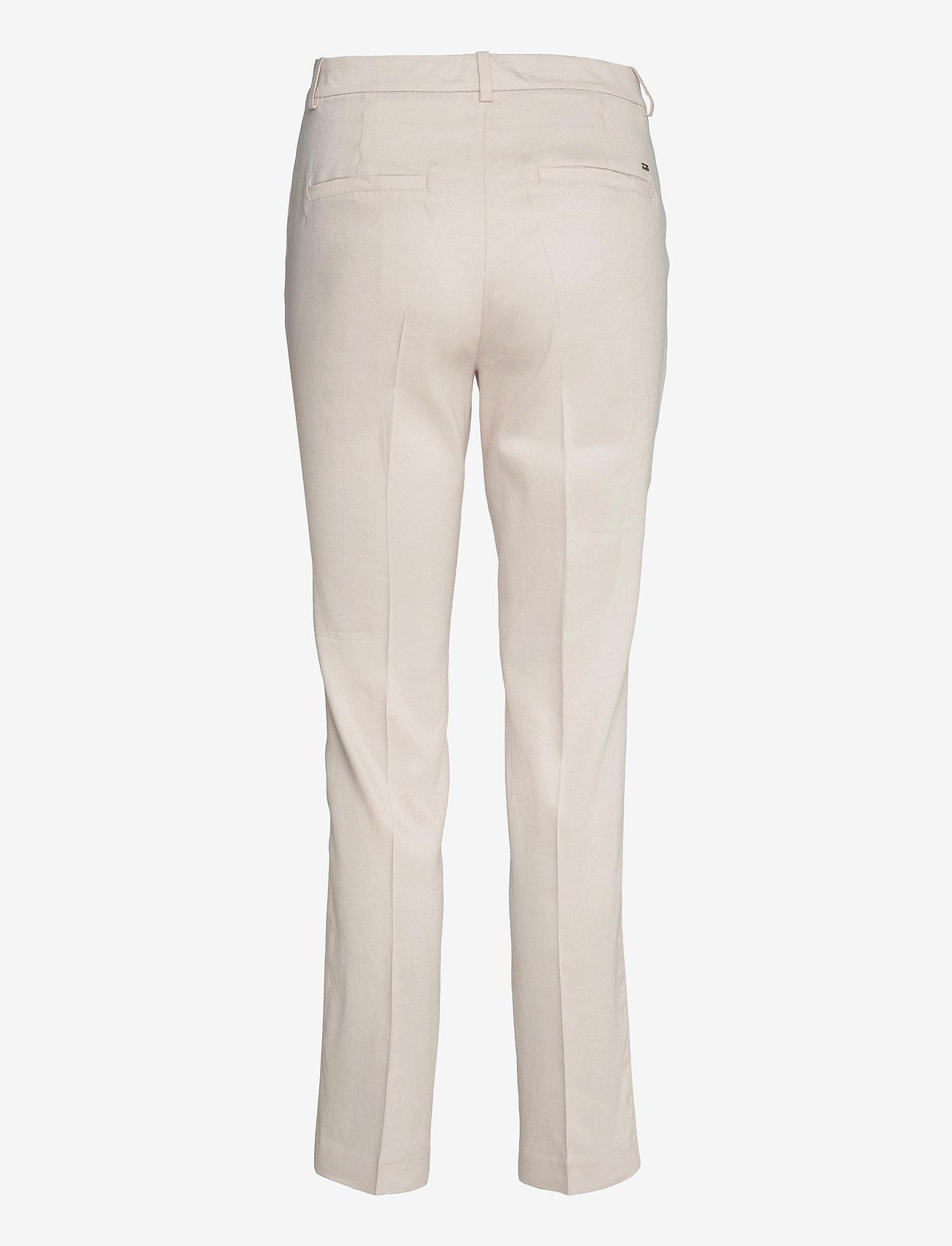 Tommy Hilfiger - STRETCH LINEN SLIM PANT - slim fit bukser - white dove - 1