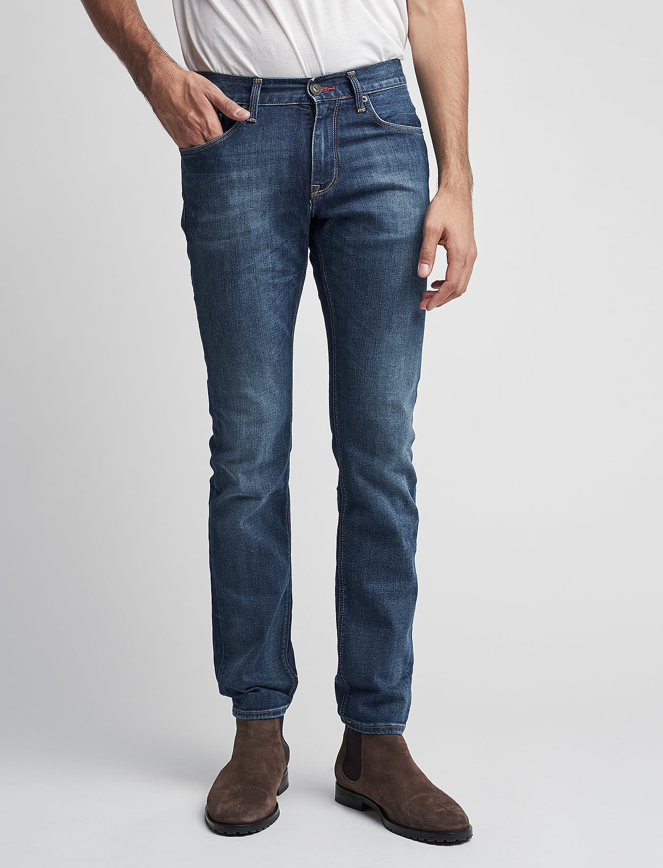 Tommy Hilfiger - DENTON B MIDDLE BLUE STRETCH - slim jeans - middle blue - 0