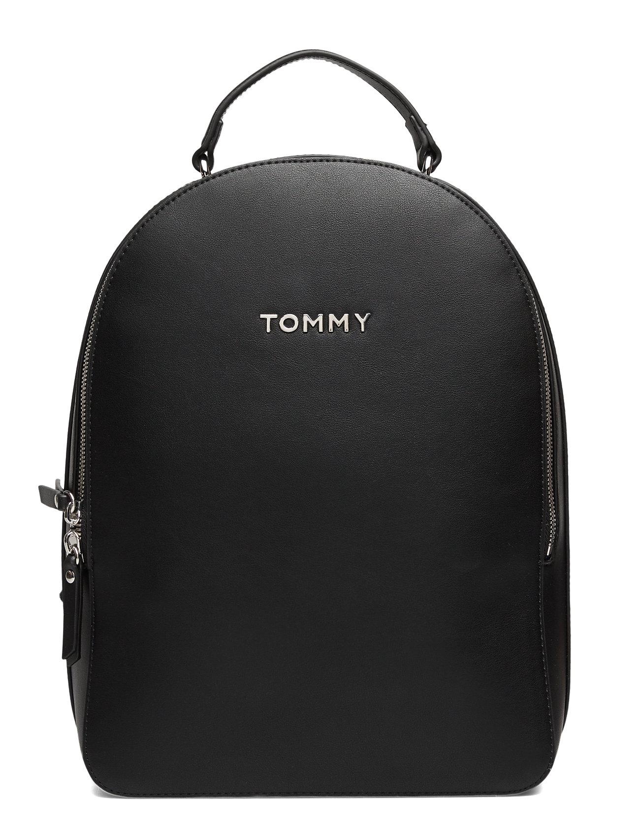 Image of Tommy Staple Dome Backpack Bags Backpacks Fashion Backpacks Sort Tommy Hilfiger (3337005115)