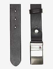 Tommy Hilfiger - TH PLAQUE BELT 3.5 ADJ - belts - black - 1