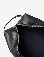Tommy Hilfiger - LEATHER WASHBAG - bum bags - black - 4