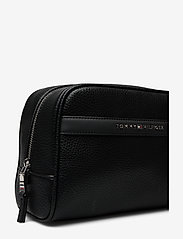 Tommy Hilfiger - DOWNTOWN WASHBAG - meikkilaukut - black - 3