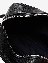 Tommy Hilfiger - DOWNTOWN WASHBAG - bum bags - black - 3
