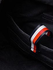 Tommy Hilfiger - TH ESTABLISHED ROLLTOP BACKPACK - bags - black - 4