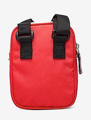 Tommy Hilfiger - TJW COOL CITY COMPAC - shoulder bags - flame scarlet - 1