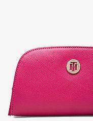 Tommy Hilfiger - CLASSIC SAFFIANO WASHCASE - torby kosmetyczne - bright jewel - 3