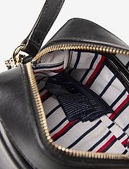 Tommy Hilfiger - CANVAS MIX CAMERA BA - shoulder bags - black - 4