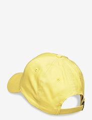 Tommy Hilfiger - TJW FLAG CAP - caps - frozen lemon - 1