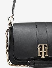 Tommy Hilfiger - TH LOCK SATCHEL - shoulder bags - black - 3