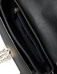 Tommy Hilfiger - TH LOCK SATCHEL - shoulder bags - black - 4
