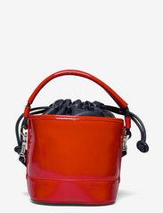 Tommy Hilfiger - TJW FEMME BUCKET BAG CRINKLE - bucket bags - deep crimson - 1