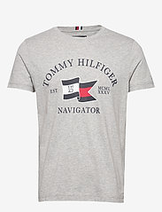 Tommy Hilfiger - FOLDED FLAG TEE - short-sleeved t-shirts - medium grey heather - 0