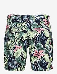Tommy Hilfiger - BROOKLYN SHORT AO PRINT - casual shorts - floral print green - 1