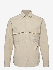 Tommy Hilfiger - LH CHUNKY CORDUROY SHIRT - casual shirts - light silt - 0