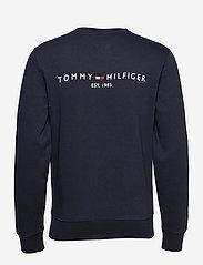 Tommy Hilfiger - HILFIGER LOGO CREWNECK - clothing - desert sky - 1