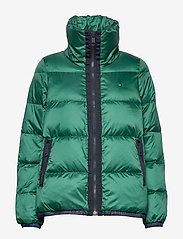 Tommy Hilfiger - NAOMI RECYCLED DOWN JKT - padded jackets - rain forest - 1