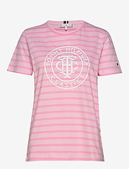 Tommy Hilfiger - TH COOL ESS RELAXED - t-shirts - breton stp /  frosted pink - 0
